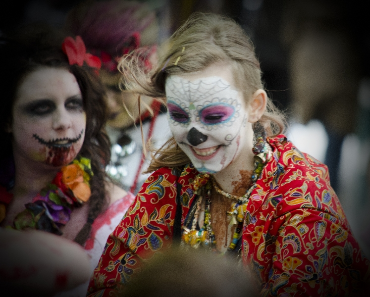 amazing-people-in-costume